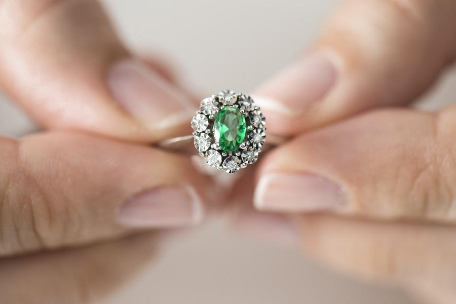 Unique ring ideas